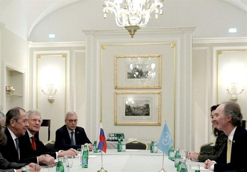 تاکید لاوروف و نماینده سازمان ملل بر حمایت از کمیته قانون اساسی سوریه