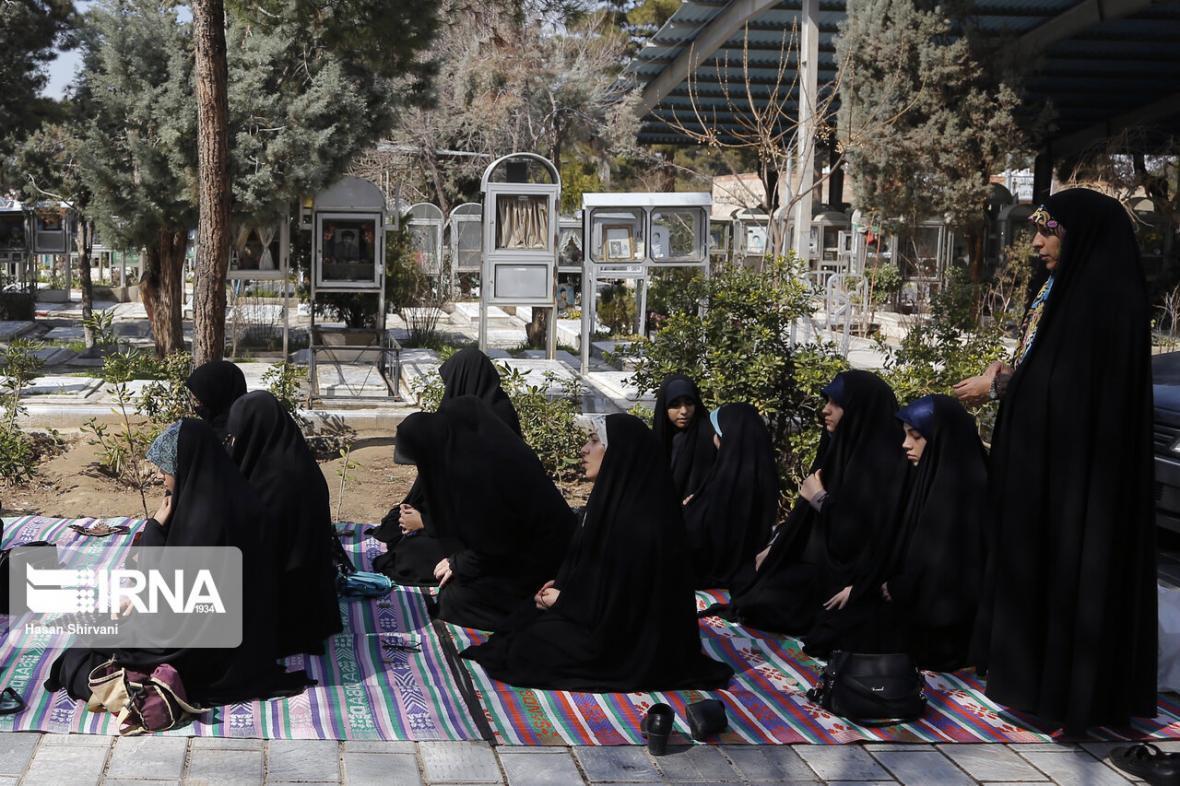 خبرنگاران فرماندار: دهیاران دره شهر ایلام از برگزاری 70 مراسم ممانعت کردند