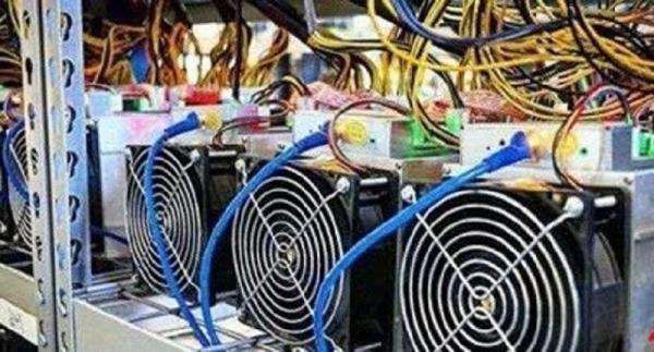 خبرنگاران 40 دستگاه ماینر استخراج بیت کوین در ساوجبلاغ کشف شد